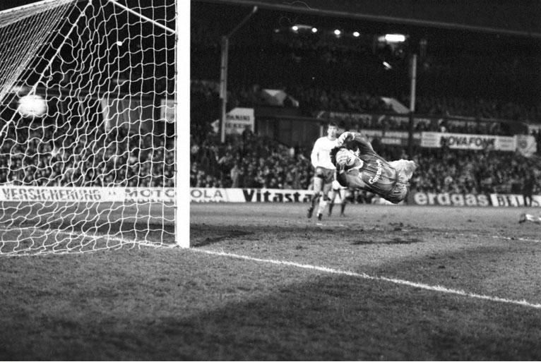 Hearts v Bayern Munich first leg UEFA Cup 1989 1-0 to Hearts.jpg