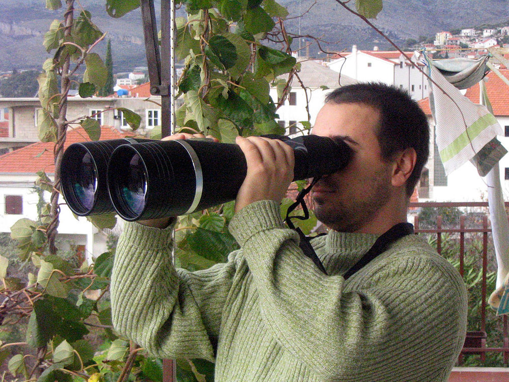 Huge-binoculars-Charlotte-Injury-Lawyer-North-Carolina-Car-accident-attorney.jpg