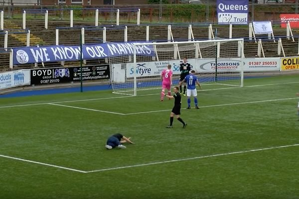pitch-invader-trip-penalty-queen-of-the-south.jpeg